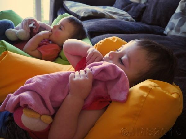 Two-TwinsWEB